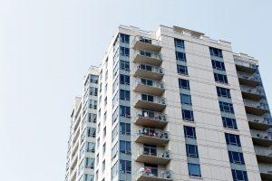 דברים שכדאי לבדוק לפני קניית דירה בבית משותף